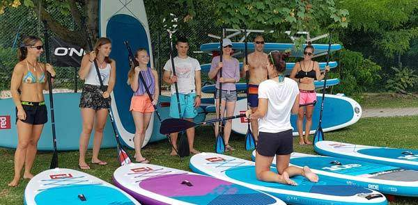 SUP lessons and courses for beginners